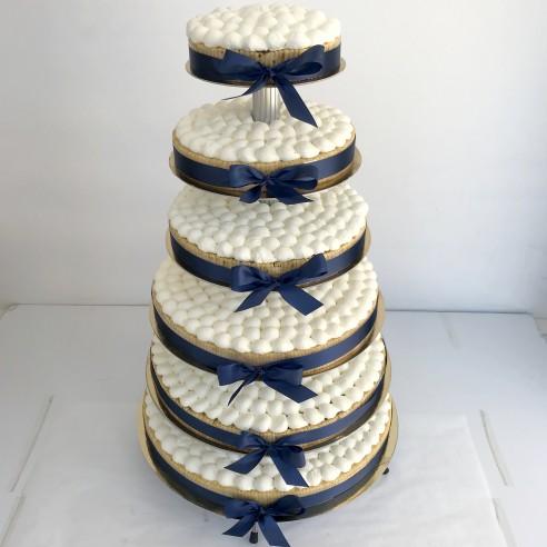 Gâteau à étages blanc