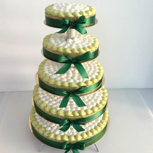 Gâteau à étages vert