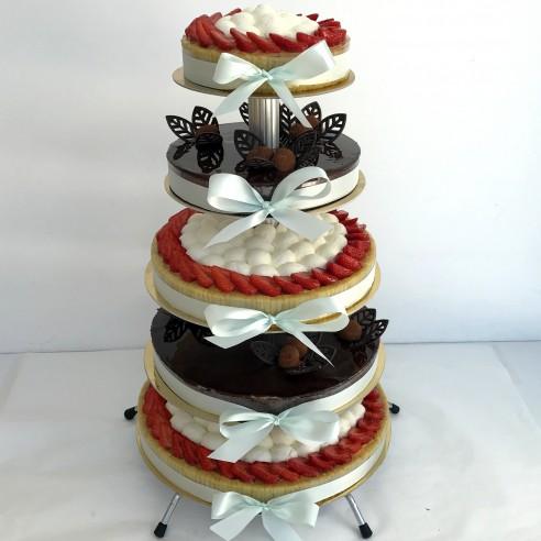 Gâteau à étages classique 2 parfums