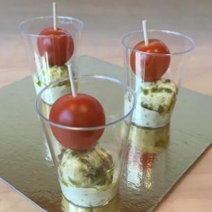 Brochette tomate mozzarella basilic
